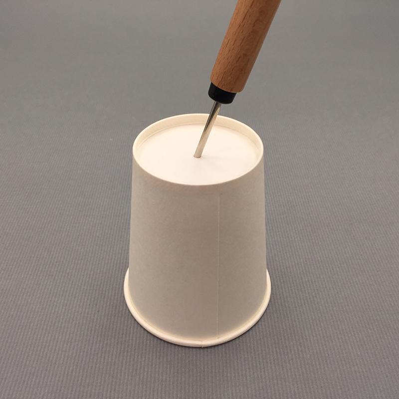 紙コップのニワトリ1
