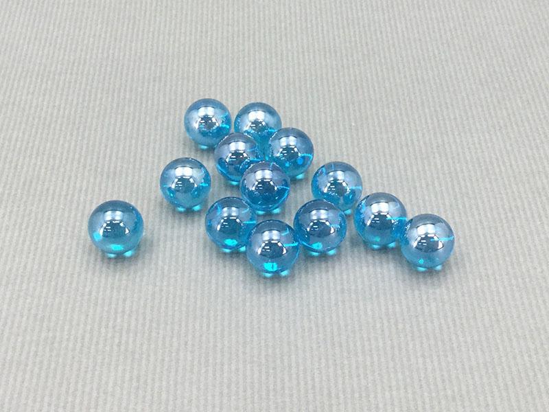 ビー玉:ガラス製の玩具